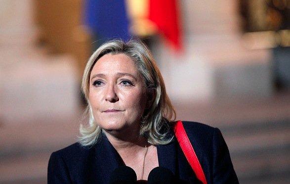 Egal wer gegen sie antritt: Le Pen liegt in Umfragen zu Frankreichs Präsidentenwahl klar vorn